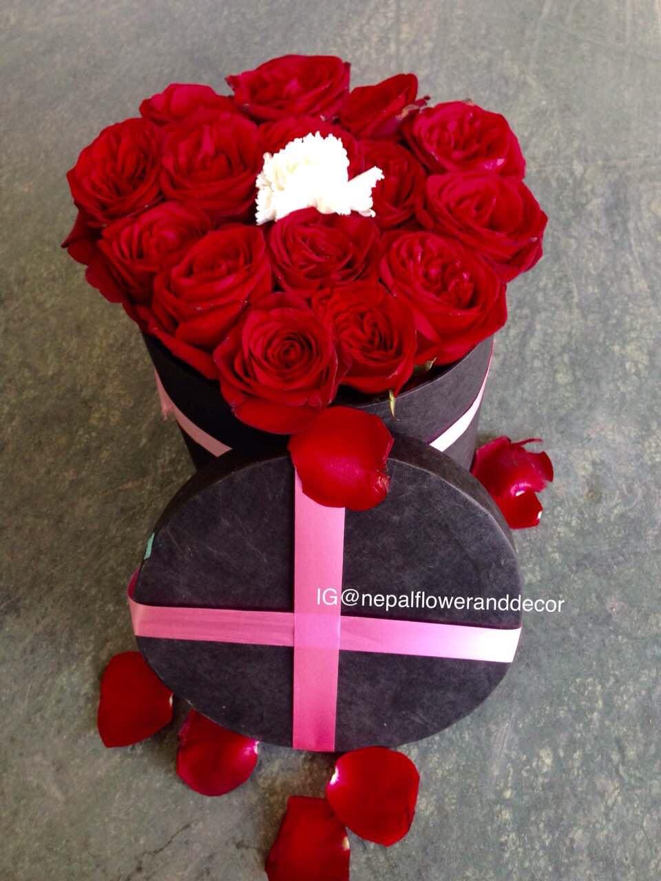 Red dutch rose flower box | flower box|red rose|i am sorry|valentine ...
